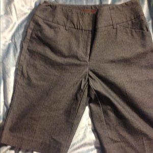 Dana Bachman bermuda style shorts size 8